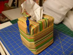 Tutorial Tuesday - Tissue Box Cover with Pockets - wow i like that