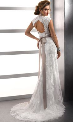 Love the back of this dress. Would love something like this on a shirt?