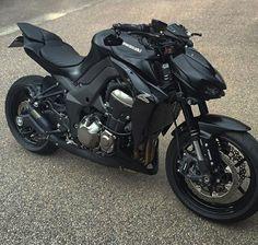 New Motorcycle Gear Black Ideas Chopper Motorcycle, Moto Bike, Motorcycle Design, Motorcycle Camping, Motorcycle Jackets, Motorcycle Helmets, Camping Gear, Kawasaki Motorcycles, Cool Motorcycles