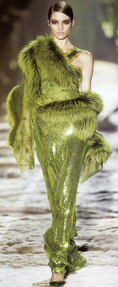 Marija Vojovic #Gucci by Tom Ford #Chartreuse-Green
