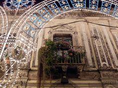 Trecastagni (Ct) Un antico balcone fiorito tra le luminarie by Luigi Strano, via Flickr