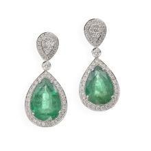1 Paar elegante Smaragd-Brillant-Ohrringe 18K WG