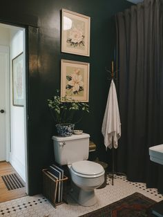 House & Garden houses for rent in monroe la garden district Upstairs Bathrooms, Downstairs Bathroom, Bathroom Renos, Laundry In Bathroom, Washroom, Master Bathroom, Eclectic Bathroom, Boho Bathroom, Bathroom Styling