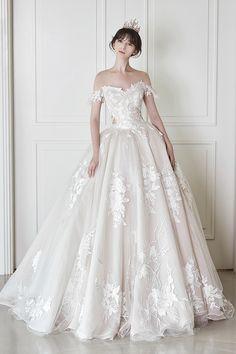 로브드케이 ROBE DE K Tuxedo, Wedding Bells, Groomsmen, Veil, Rustic Wedding, Centerpieces, Reception, Bouquet, Celebs