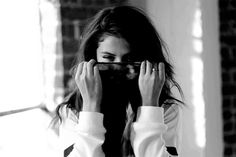 Selena Gomez Talks About Teenage Love Justin Bieber, and Her Decision to Remove Her Purity Ring