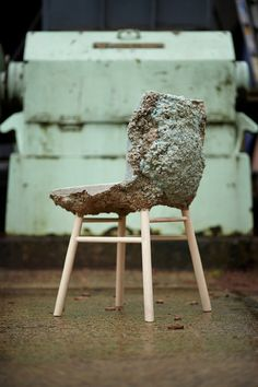 Well Proven Chair (Marjan van Aubel & James Shaw, 2012): an unusual foamy chair made from furniture factory shavings and bio-resin. A chair nominated for the Design of the Year 2013 Award. http://vimeo.com/48942034