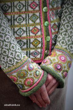 Episode 30 - Norwegian Knitting - Sidsel Høivik - Fruity Knitting Podcast