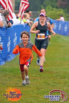 Son joins Mum on the way to the triathlon finish line! #joyofsport http://mdzspace.blogspot.co.uk/