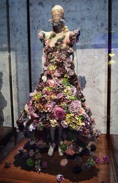 Alexander McQueen Savage Beauty Exhibition in London