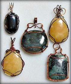 Practicing Wire Wrapped Pendants, by Zoraida Bros.   - featured on Jewelry Making Journal