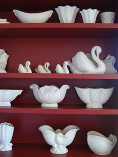 A cacophony of Crown Lynn, get your retro inspired pieces from… Vintage China, Vintage Love, Vintage Items, Stone Store, Retro Cafe, Nz Art, Kiwiana, Pottery Sculpture, Swedish Design