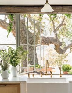 Patina Farm Kitchen Sink Window - KiraSemple.com