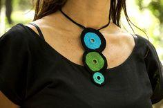 fulanas, agosto'10 Collar de 3 circulos by solofer, via Flickr