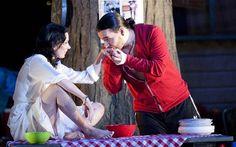 Heather Shipp as Carmen and Kostas Smoriginas as Escamillo in Carmen 2011