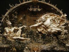 Kris Kuksi. Escultura de tintes barrocos y realistas | OLDSKULL
