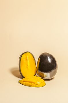 Stillife Photography - Colour Editorial Series - For the Ligature Journal GMF Article // Photography by Enrico Becker