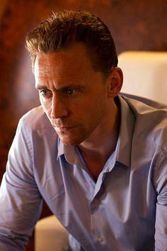 Tom Hiddleston as Jonathan Pine in The Night Manager. Full size image: http://www.tomhiddleston.us/gallery/albums/userpics/10001/TNMStill001.jpg Source: Tom Hiddleston Fans http://www.tomhiddleston.us/gallery/displayimage.php?album=632&pid=24972#top_display_media