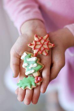 Decorated Christmas Sugar Cookies #decoratedcookies #christmas