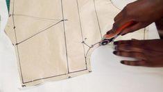 Sewing Hacks, Sewing Tutorials, Sewing Crafts, Sewing Projects, Sewing Patterns, Bodice Pattern, Pattern Drafting, Pattern Making, Dressmaking