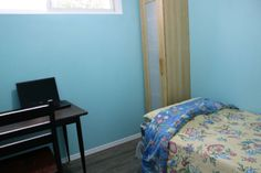 Room rental near York U./ Seneca C. – 1 furnished room in a clean, newly renovated, street-level, 3-bedroom flat in a quiet house resided in a residential area; – Cosy residence with centralized heating and air conditioning; – Availability: immediately; – House located across a town house complex housed for... https://senecacollege.offcampuslistings.com/ads/room-rental-near-york-u-seneca-c/