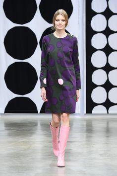マリメッコ2016SS コレクション Gallery11 Marimekko Fabric, Cool Style, Sewing Patterns, High Neck Dress, Prints, Clothes, Collection, Vintage, Dresses