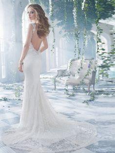 A-Linjeformat V-neck Beading Court Släp Spets Wedding Dress