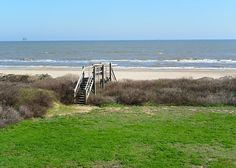 Crystal Beach, TX United States - Lotz A View | Cobb Real Estate, sleeps 13