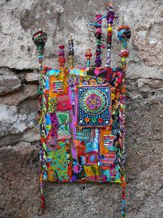 Patchwork Fabric, Fabric Art, Fabric Scraps, Fiber Art Quilts, Textile Fiber Art, Art Fibres Textiles, Tropical Quilts, Fabric Journals, Art Journals