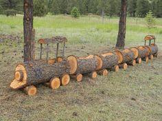 #train #wood #containergarndeing / Cute log train planter. Via: https://s-media-cache-ak0.pinimg.com/originals/52/21/5b/52215ba8902e4176b8ef11dbd53ed02b.jpg