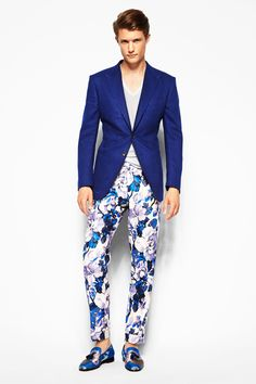 Loving the bold print pant with the solid blue blazer.   Tom Ford Spring 2014
