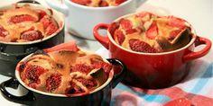 Tarta de fresas con mini cocotte