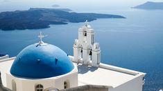 Greece Budget Itinerary: Athens, Santorini, Meteora | thetravelintern.com