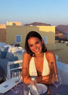 Bruna Marquezine discovered by moonbrunette on We Heart It Selfie Foto, Bruna Marquezini, Shotting Photo, Foto Casual, Instagram Pose, Insta Instagram, Adidas Instagram, Insta Photo Ideas, Insta Ideas