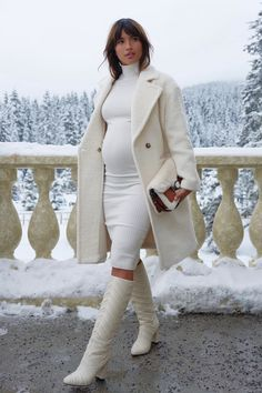The DION knee high boot is handcrafted in our Italian factories and features a chevron matelassé embroidery, block heel and the Marion Parke signature contoured insole. Cute Maternity Outfits, Stylish Maternity, Pregnancy Outfits, Maternity Fashion, Maternity Looks, Fashion Mode, Fashion Outfits, Womens Fashion, Cold Weather Outfits