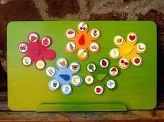 Mágneses virágok Montessori, Advent Calendar, Crafts For Kids, Kindergarten, Triangle, Preschool, Paper Crafts, Games, Holiday Decor