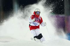 Justine Dufour-Lapointe Photos - Justine Dufour-Lapointe of Canada trains during moguls practice at the Extreme Park at Rosa Khutor Mountain ahead of the Sochi 2014 Winter Olympics on February 2014 in Sochi, Russia - Winter Olympics Press Conference Winter Olympic Games, Winter Olympics, Russia Winter, Chloe, Canadian Winter, Skiing, Cool Pictures, Canada, Athletes