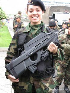 Arms ID'ed: FN F2000