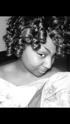 Shirley temple curls. Protective sew-in for natural hair