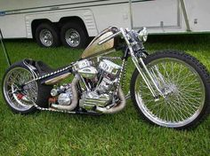 Speaking on the modification of Harley Davidson Chopper is certainly the best moment of your own can easily find examples of concepts chopper. Chopper Harley Davidson, Harley Bobber, Harley Bikes, Vintage Harley Davidson, Harley Davidson Motorcycles, Chopper Motorcycle, Bobber Chopper, Motorcycle Style, Motorcycle Quotes