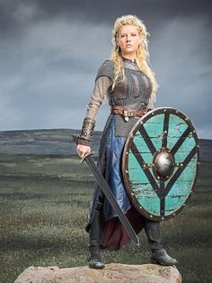 Katheryn Winnick sharpens her wit as the iron maiden in 'Vikings ...