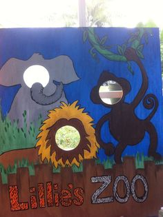 Zoo themed photo face-cut out board