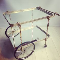 Shop carts and bar carts and other modern, antique and vintage tables from the world's best furniture dealers. Retro Furniture, Antique Furniture, Cool Furniture, Trolley Cart, Drinks Trolley, Art Deco Party, Layered Drinks, Mid Century Furniture, Vintage Table