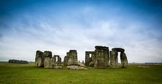 Stonehenge is a must see! Find out how to get to Stonehenge and what to see. You can even take a tour of Stonehenge from London. Used Travel Trailers, Beautiful Castles, Beautiful Places In The World, Where To Go, Law Of Attraction, Monument Valley, Mount Rushmore, Modern