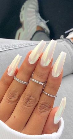 Cute Acrylic Nails 711498441119662532 - 39 Fabulous Ways to Wear Glitter Nails Designs for 2019 Summer! – Page 35 of 39 Nageldesign – Nail Art – Nagellack – Nail Polish – Nailart – Nails – Nagel Source by Almond Acrylic Nails, Best Acrylic Nails, Coffin Acrylic Nails Long, Acrylic Nail Designs Coffin, Coffin Acrylics, Acrylic Art, Acrylic Nails With Design, Best Nails, Holographic Nails Acrylic
