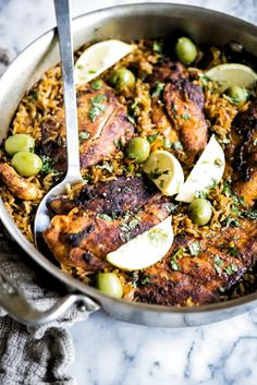This Moroccan chicken & rice skillet combines perfectly-cooked chicken with bold Moroccan flavors for a simple one-pot meal! Chicken Rice Skillet, Cooked Chicken, Skillet Meals, Skillet Recipes, Chicken Curry, Roasted Chicken, Enchiladas, Moroccan Chicken, Moroccan Rice