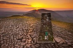 The top of Mam Tor  Peak District of Derbyshire near Sheffield
