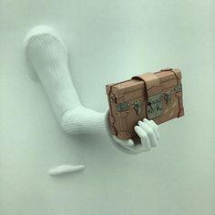 """""""Hand. Bag. #LVSeries3 @louisvuitton #fashion"""""""