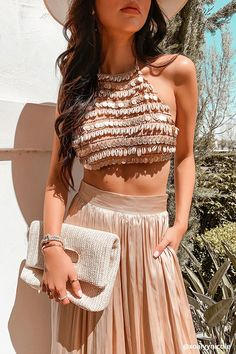 Cowrie Shell & Coin Halter Top - Love this sequin crop top! Choli Designs, Bridal Blouse Designs, Wedding Dresses For Girls, Indian Wedding Outfits, Modest Wedding, Dress Indian Style, Indian Dresses, Indian Designer Outfits, Designer Dresses