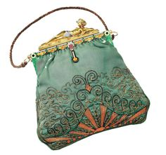 Most beautiful vintage purse designed by Van Cleef & Arpels, with real jewels!