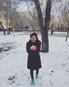 Ohh snow  . .#me #snow #cold #day #sun #tree #nature #visit #travel #trip #volgograd #russia #smile #happy #girl #amazing #beautiful #life #igers #instagood #instadaily #picoftheday #photooftheday #like4like #tagsforlikes #follow #followme #vietnam #enjoy #wonderful by bbpotatobb